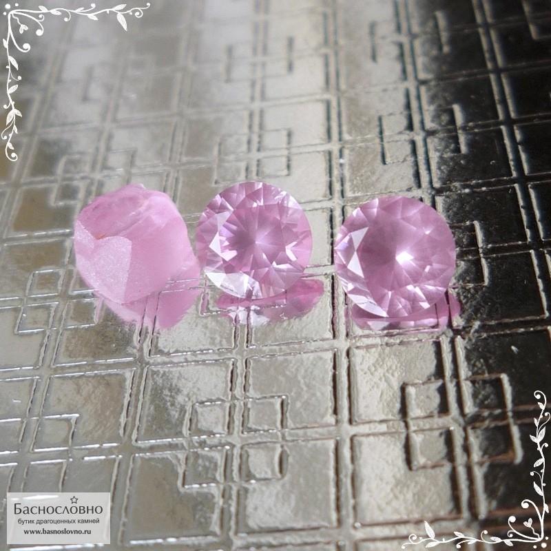 Пара туманно-розовых шпинелей из Вьетнама отличной огранки Баснословно бриллиантовая Кр57 круг 5,47x5,42 5,46x5,39мм 1,45 карат (Драгоценный камень)