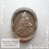 Резной волк на дымчатом кварце (раухтопаз) работы Баснословно овал с гранями 25,13x20,03мм (Драгоценный камень)