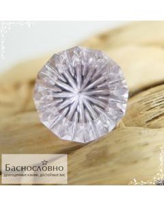 Натуральный бледно-сиреневый аметист из Бразилии огранка в Баснословно фантазийный круг 20,74x20,03мм 28,84 карата (драгоценный камень)