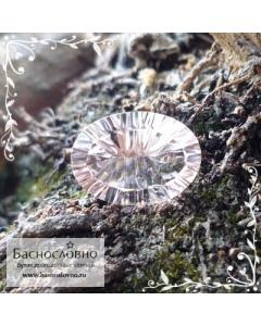 Розовый воробьевит (морганит, розовый берилл) из Мадагаскара огранка овал вогнутые грани Миллениум 14,21x10,17мм 5,11 карата
