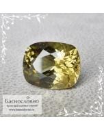 Натуральный зелёно-жёлто-коричневый корнерупин из Шри-Ланки хорошая огранка подушка 9x7,5мм 2.78 карата (Драгоценный камень)