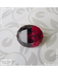 Красно-малиновый родолит из Танзании огранки Баснословно овал 11,72x9,52мм 6,06 карата
