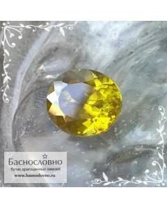 Зелёно-жёлтый сфен (титанит) из России огранки овал 10,15x9,09мм 4,24 карата